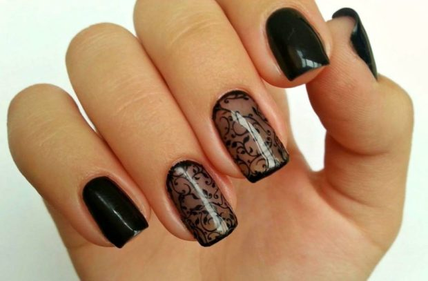 Модный дизайн ногтей в 2019-2020 году: черный маникюр вуаль