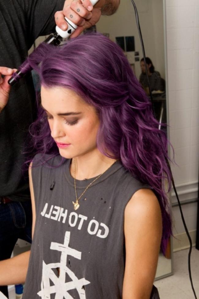модное окрашивание волос 2019-2020: сливовый цвет волос