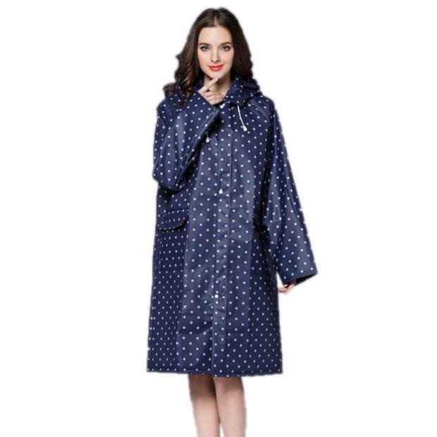 модное пальто осень-зима 2019-2020: пальто непромокаемое в горох