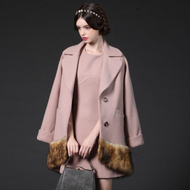 модные пальто осень-зима 2019-2020: пальто розовое мех внизу
