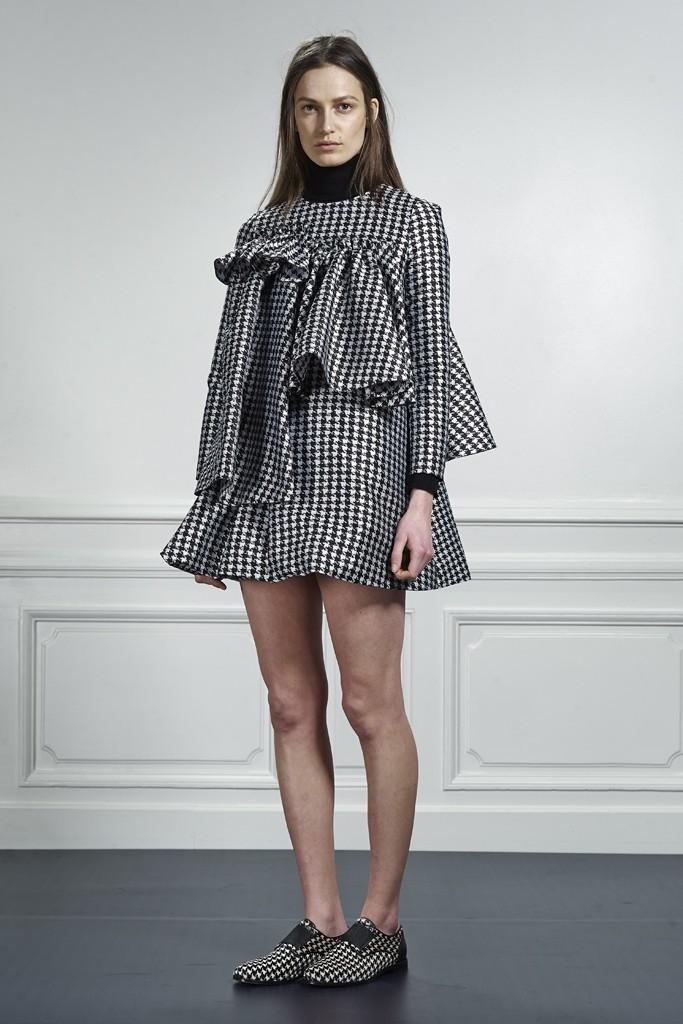 модная юбка 2018: в клетку фьюжен короткая