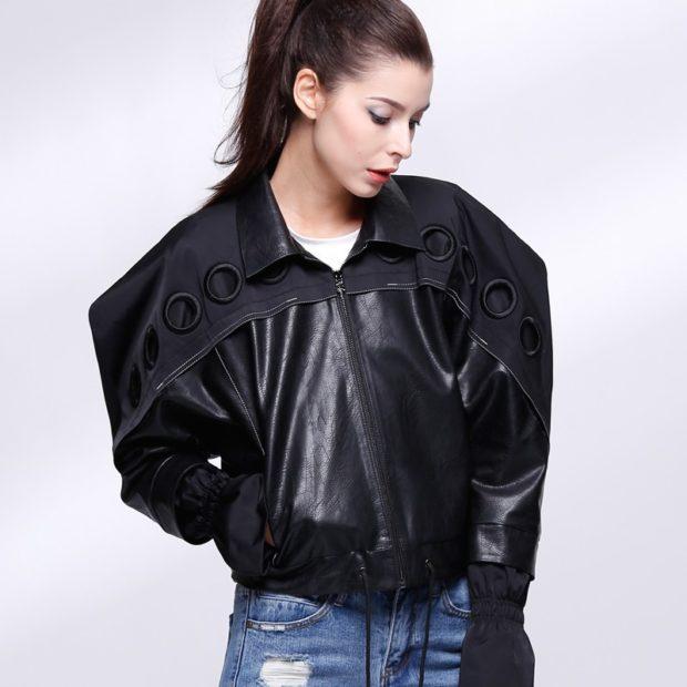 Модные женские куртки 2019-2020 года: объемные плечи куртка короткая