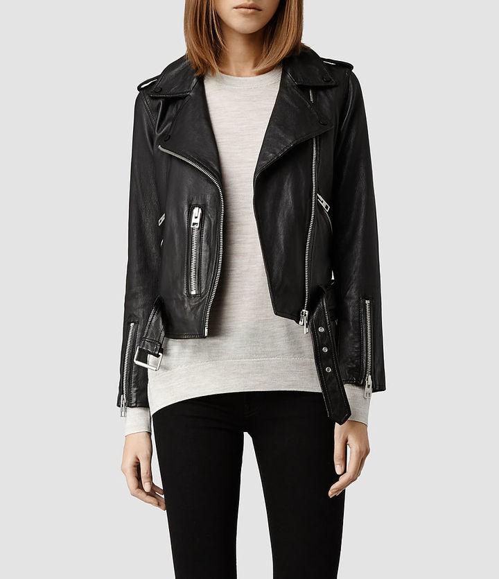 Модные женские куртки 2019-2020 года: куртка косуха черная