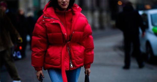 модные женские куртки 2019-2020: куртка красная стеганая короткая