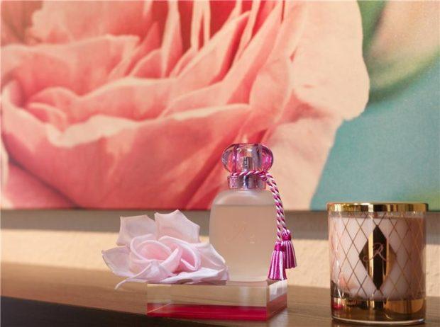 модные женские ароматы 2018: цветочные запах розы