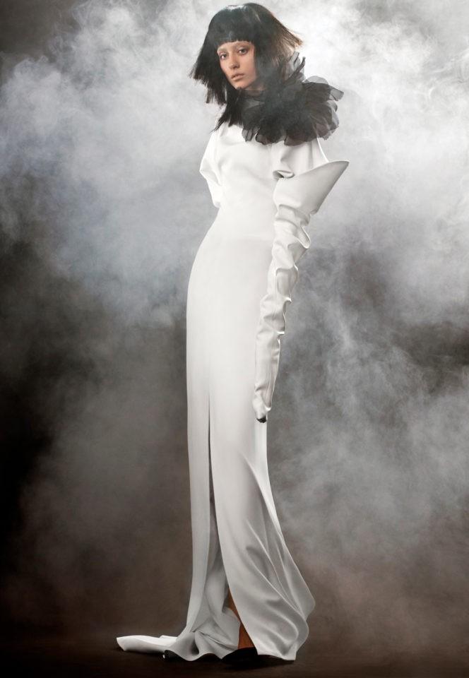 Коллекция свадебных платьев Vera Wang Spring/Summer 2018 года: The Margherite былое драпировка черные цветок
