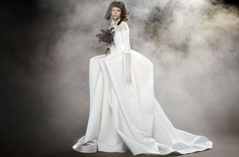 Коллекция свадебных платьев Vera Wang Spring/Summer 2018 года: The Fantine белое пышная юбка