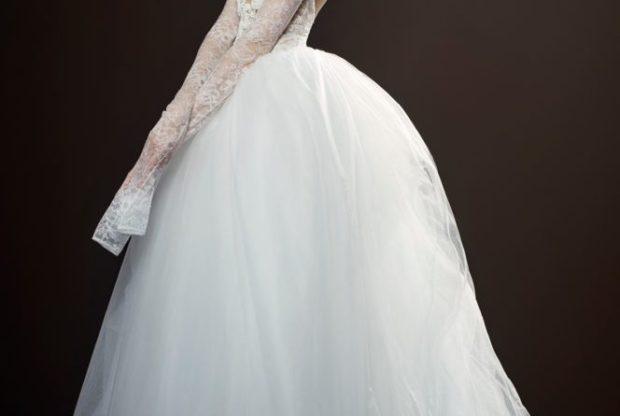 Коллекция свадебных платьев Vera Wang Spring/Summer 2018 года:The The пышная фатиновая юбкаrese