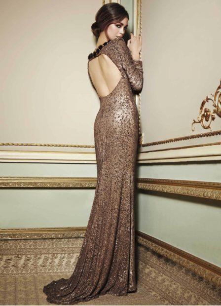 вечерние платья на новый год: коричневое открытая спина в пол