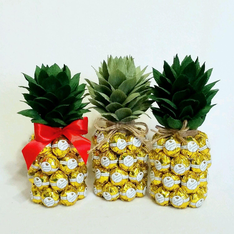 Как сделать ананас из конфет фото