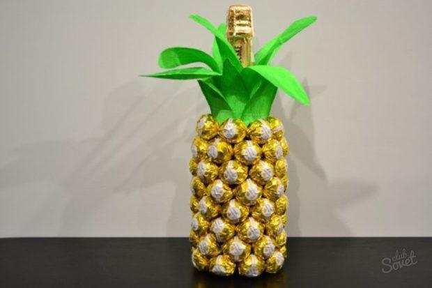 Сладкий ананас с шампанским