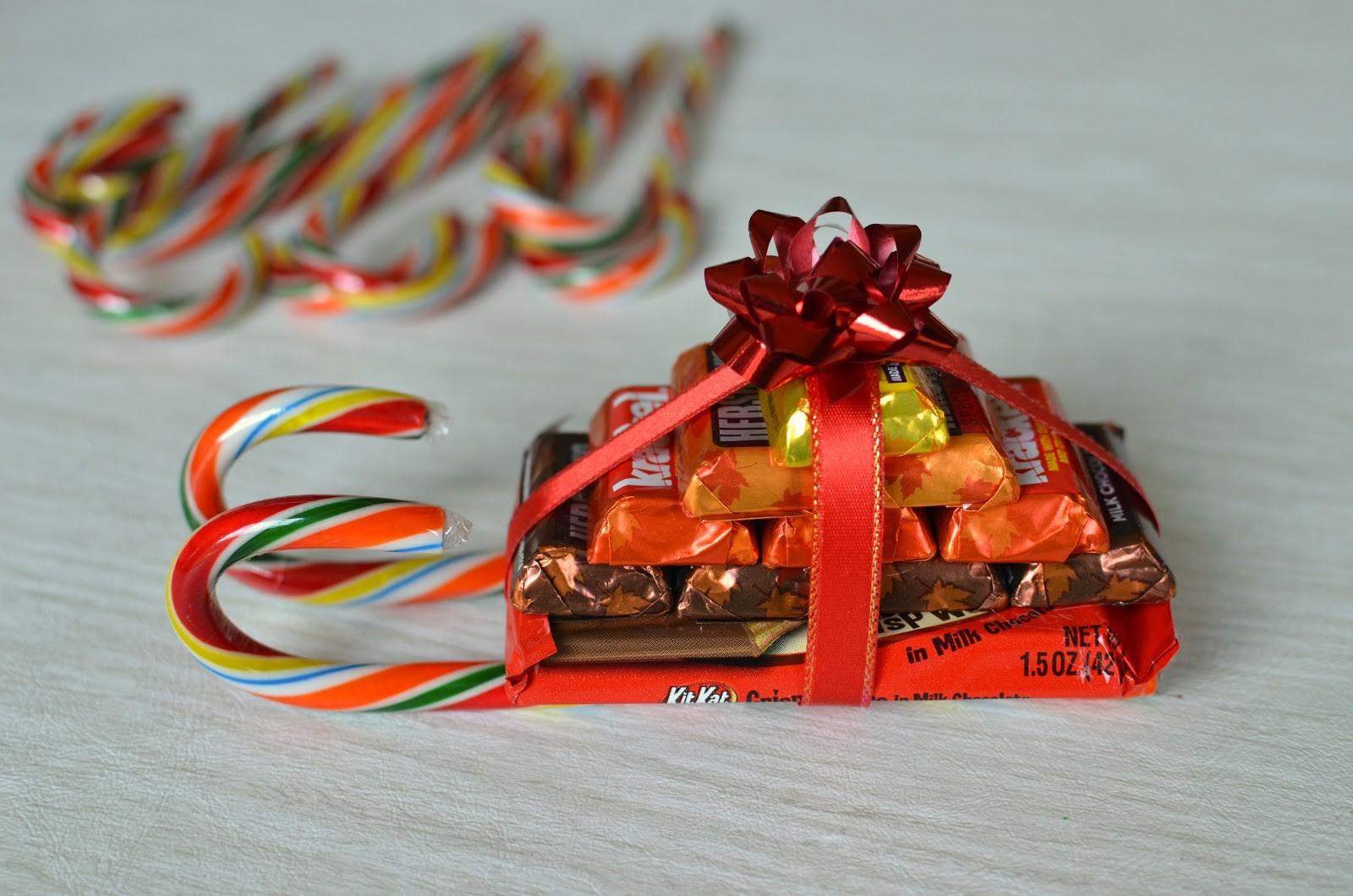 Как украсить конфетами своими руками фото 583