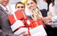Подарки коллегам на Новый год 2018: лучшие идеи