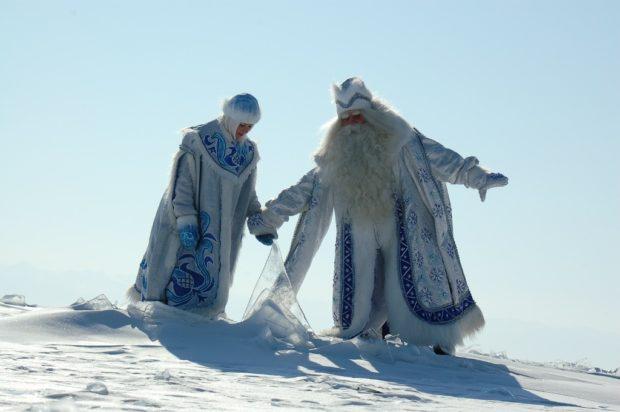 Байкал Дед Мороз и Снегурочка