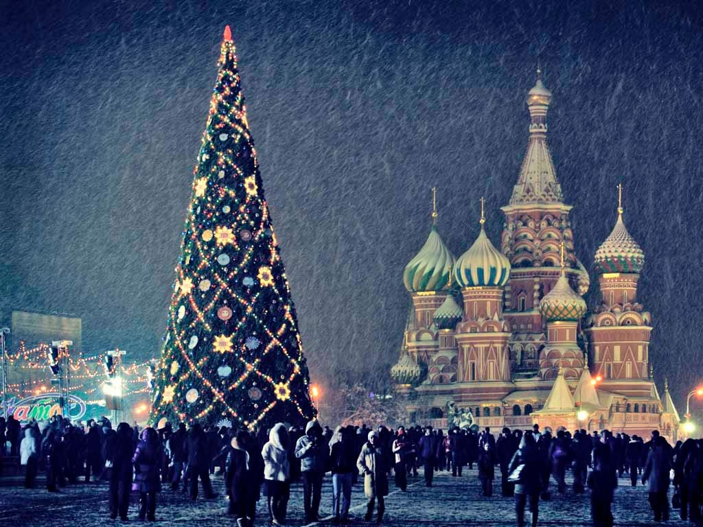 Новогодние экскурсии в москве 2018