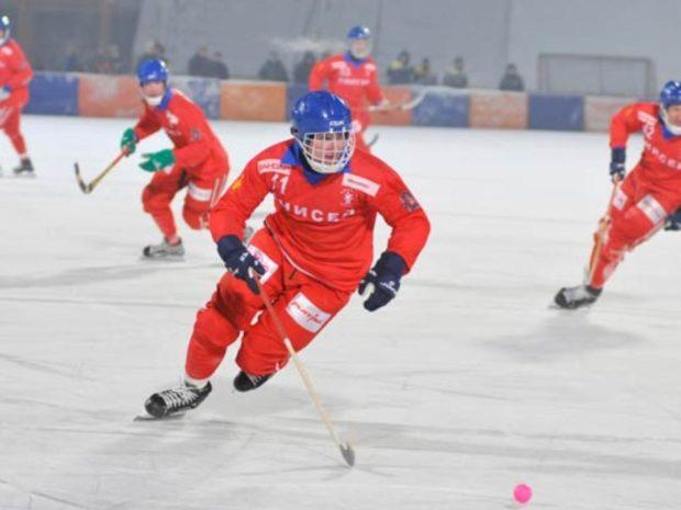 Хоккей с мячом Енисей