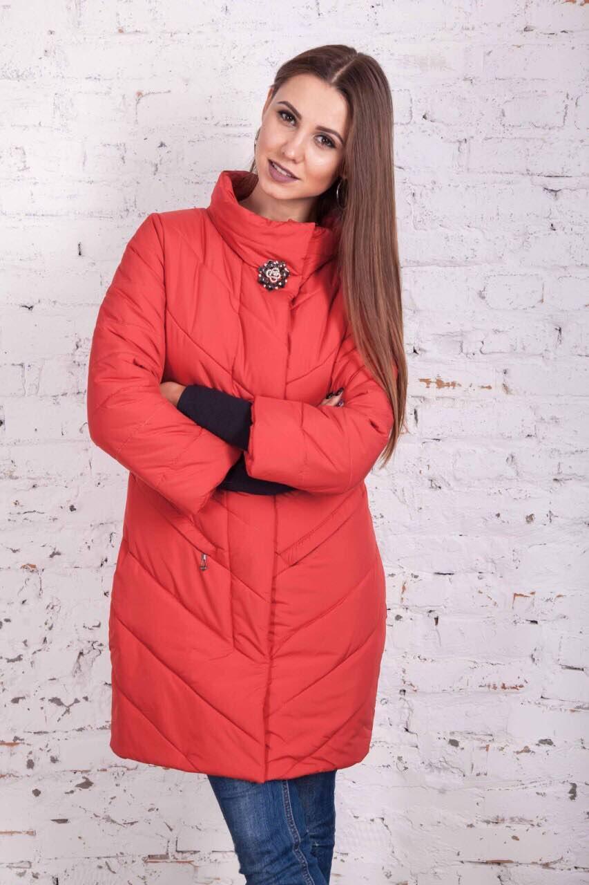 куртка красная стеганая