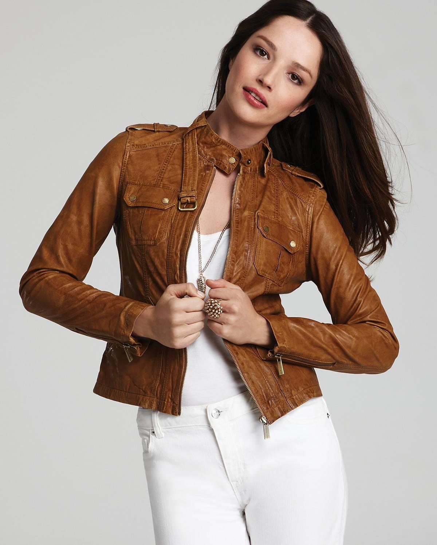 модные кожаные куртки весна 2019: коричневая короткая
