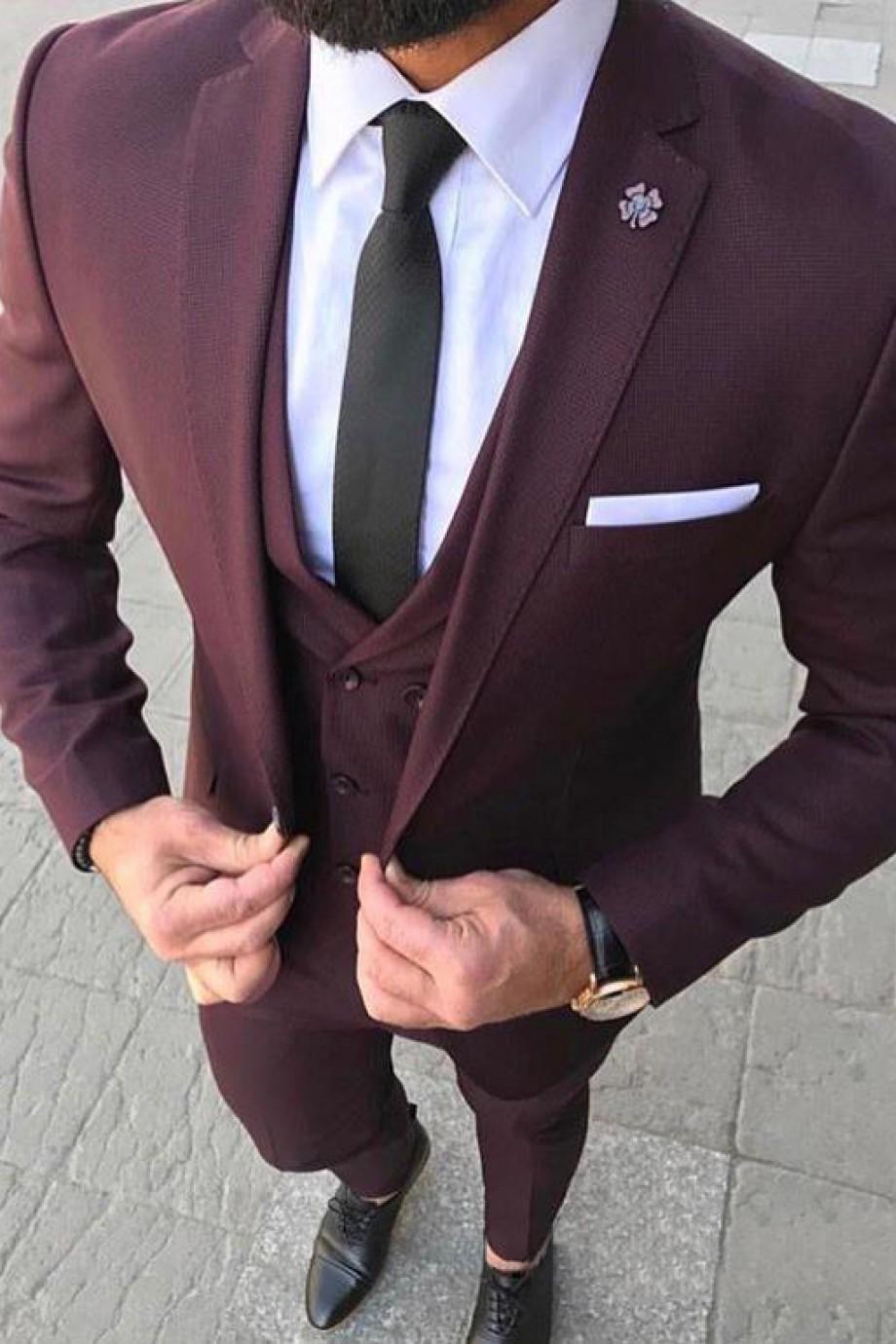 мужской костюм цвет марсала: тройка