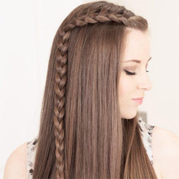 легкие прически: коса на распущенных волосах