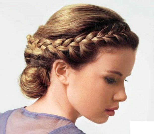 красивые и легкие прически: греческая с косой