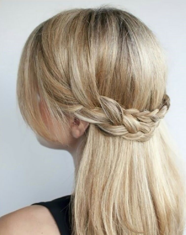 красивые и легкие прически: коса-полукорона