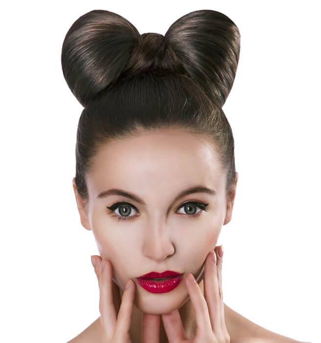 красивые и легкие прически: бант из волос на макушке