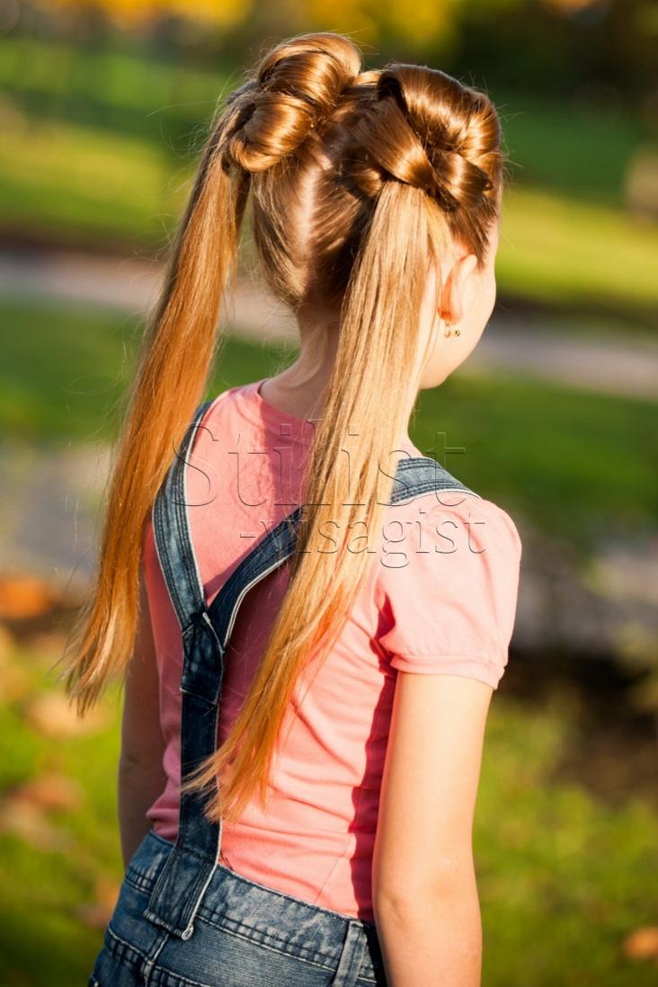 красивые и легкие прически: два хвостика на длинные волосы