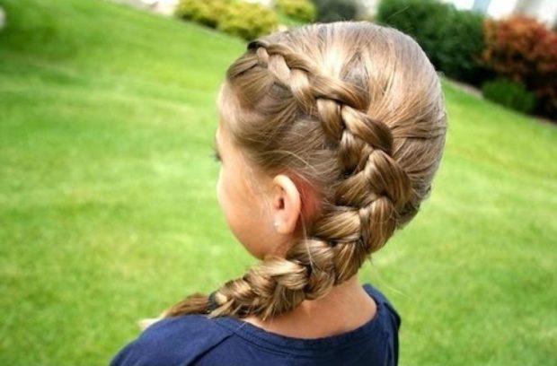 красивые и легкие прически: коса боковая