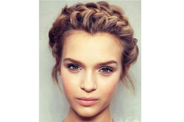 легкие прически на каждый день: коса-ободок романтический образ