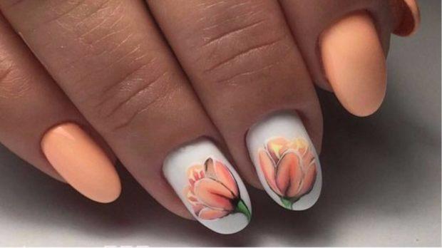 весенний маникюр 2019: персиковый с рисунком