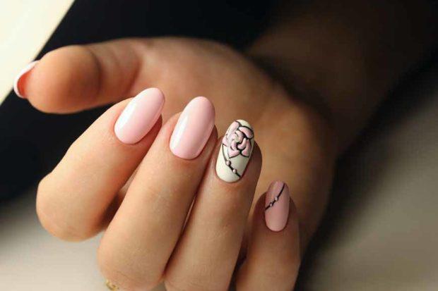 весенний маникюр 2019 года: форма ногтей овал розовый с рисунком