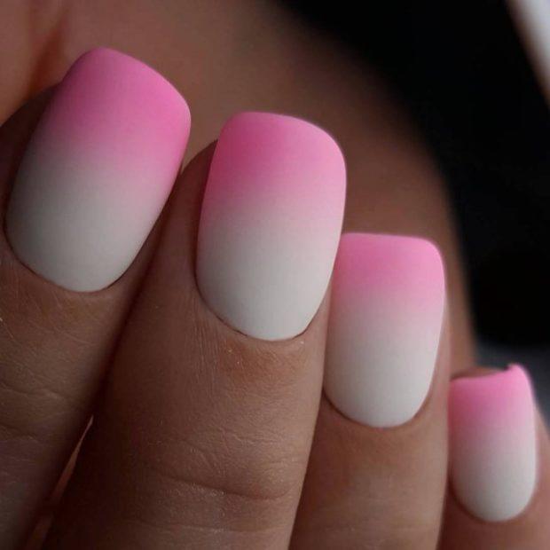 маникюр 2019 модные тенденции фото весна лето: Градиентный белый с розовым