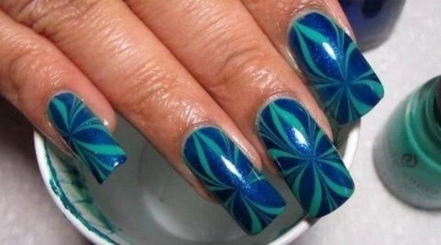 красивый маникюр весна 2019: Водный синий с зеленым