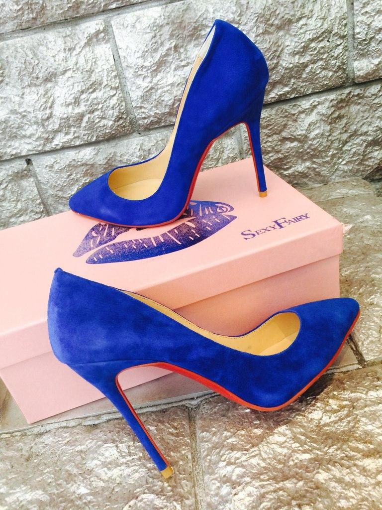 туфли лабутены фото: синие острый носок замшевые