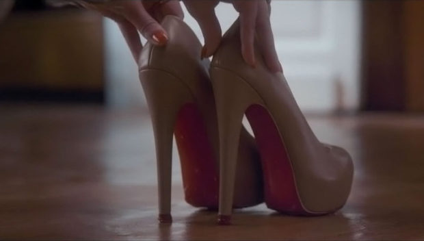 лабутены туфли фото: бежевые кожаные