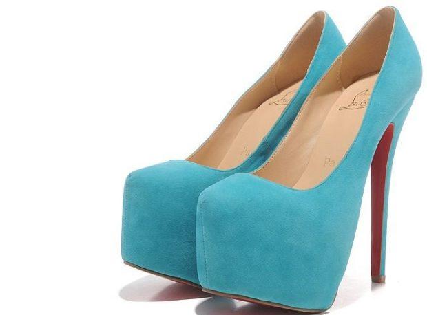 лабутены фото туфли женские: голубые замшевые