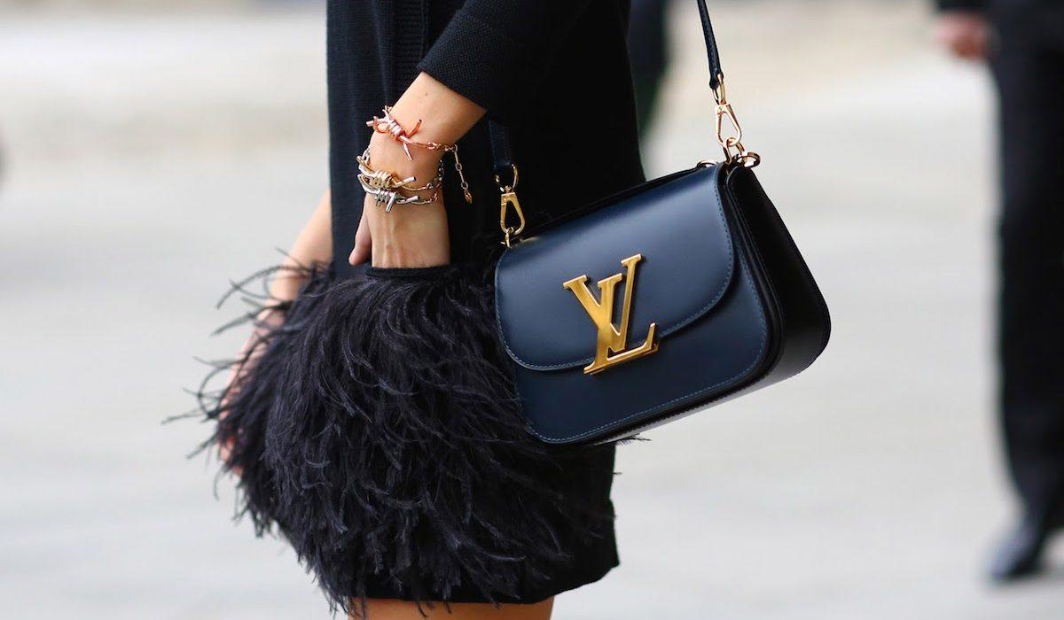 платье черное карманы из перьев