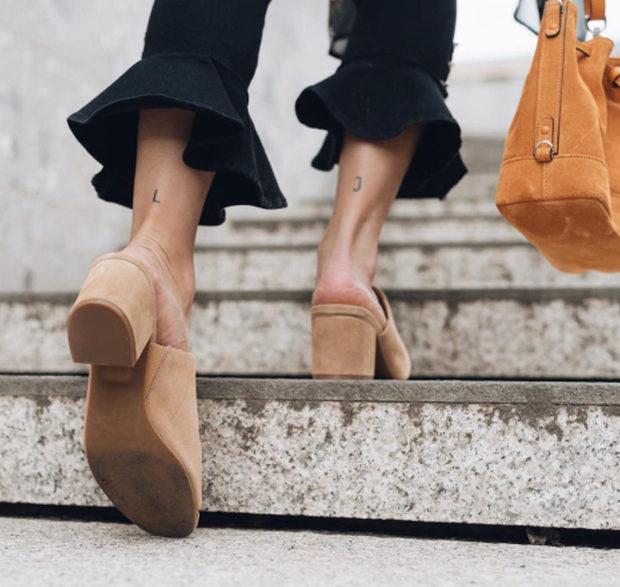 мода для женщин за 50 в 2019 году весна лето: короткие брюки с воланами