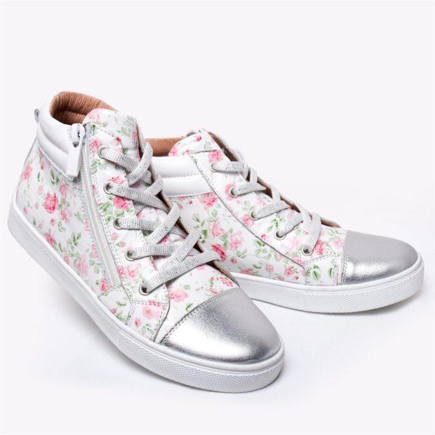 женская обувь весна лето 2019: кеды белые в цветы серебристый носок