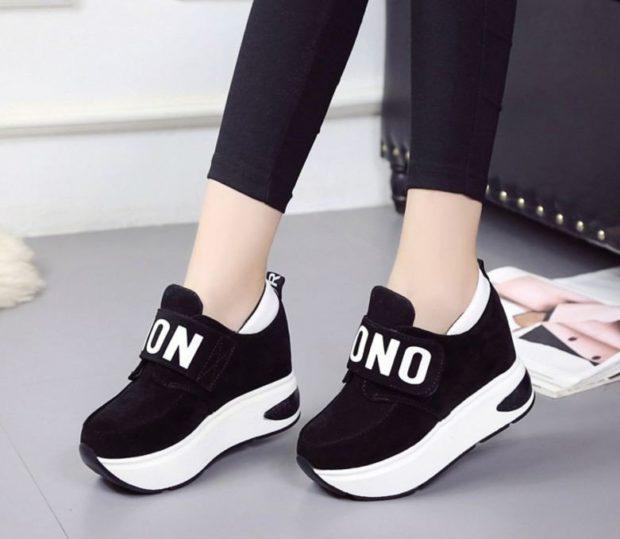 женская обувь весна лето 2019: сникерсы черные с белой подошвой