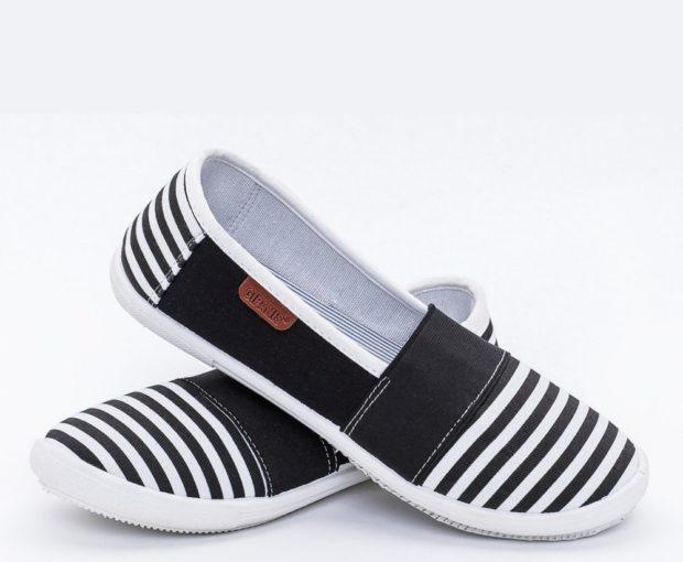 обувь весна лето 2019 фото: мокасины полосатые