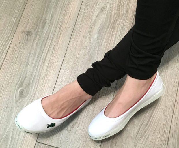 обувь весна лето 2019 фото: мокасины белые с круглым носком