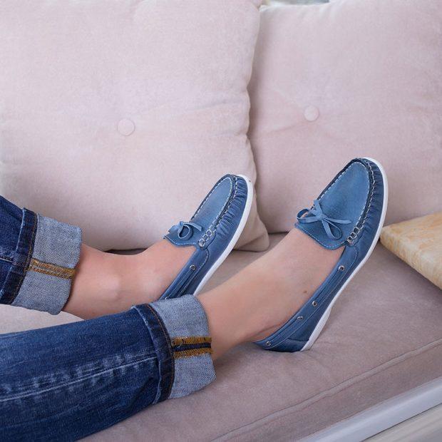 обувь весна лето 2019 фото: топсайдеры синие с белым