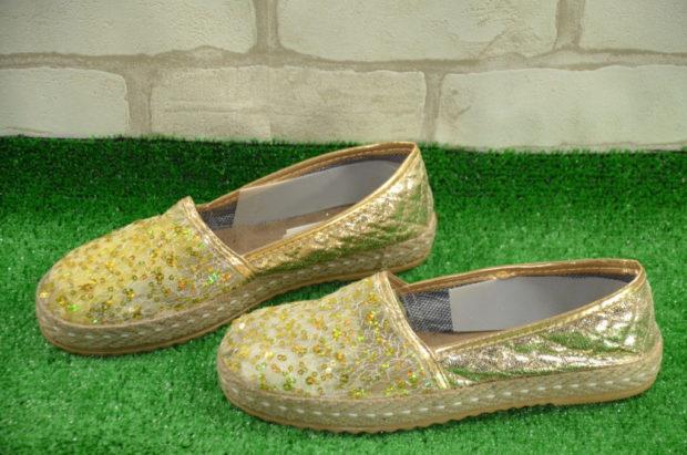 модная обувь весна лето 2019 фото: эспадрильи золотые с бисером