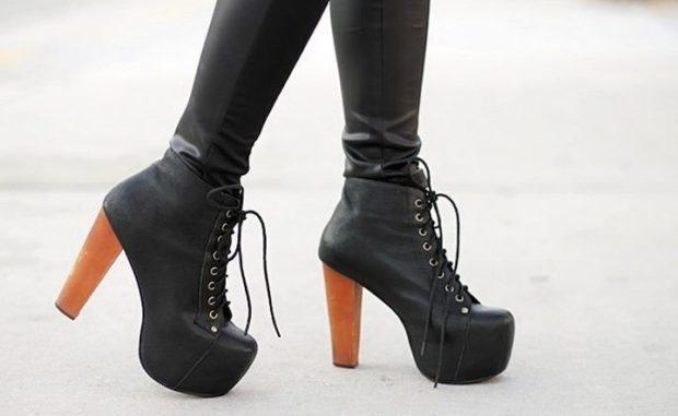 модная обувь весна лето 2019 фото: ботильоны черные на толстом каблуке на шнуровке