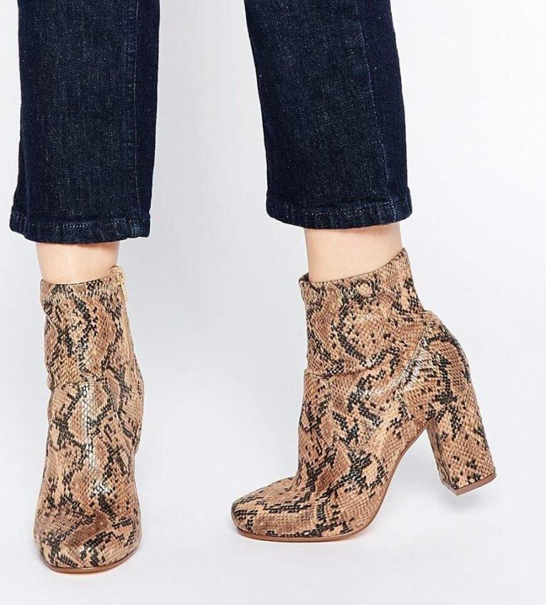 модная обувь весна лето 2019 фото: ботильоны кожа рептилии на толстом каблуке