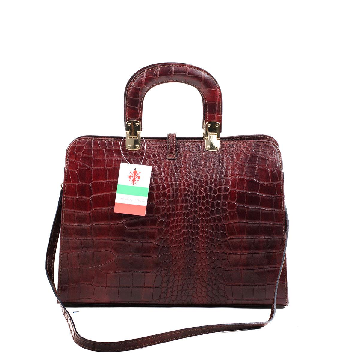 цвета весны лета 2019: красно-коричневая сумка кожа рептилии
