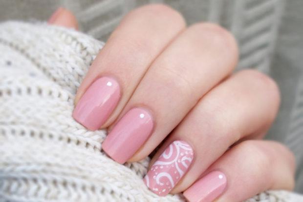 маникюр нежно-розовый