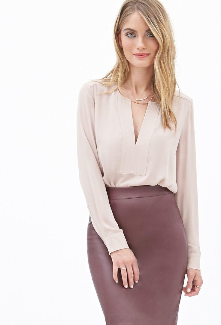 модные блузки весна лето 2019: вечерняя светлая v-образный вырез